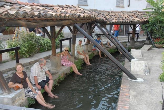 Milano con i bambini Navigli lombardi- vicolo dei lavandai