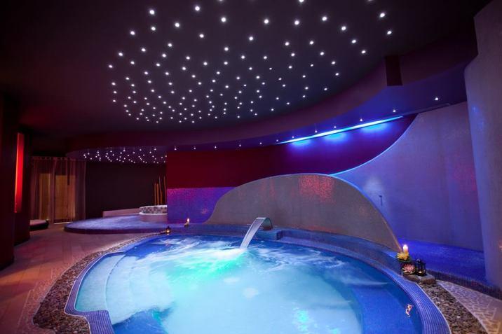 Riva_marina_resort_piscina_spa