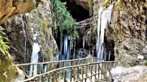 grotte_del_caglieron_stalattiti2