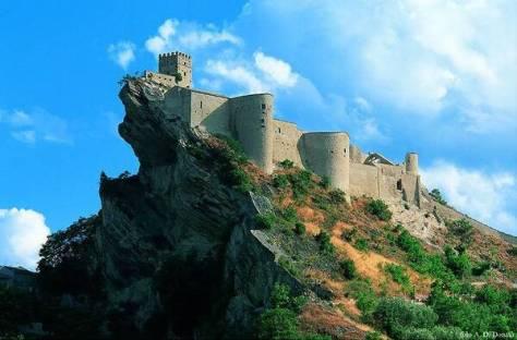 idee weekend per bambini abruzzo castello di roccascalegna