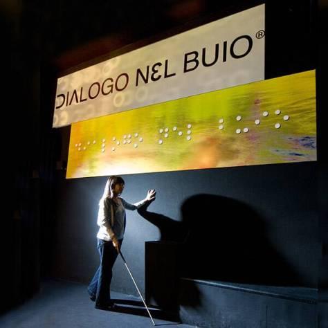centro_ludico_didattico_dialogo_nel_buio_provare