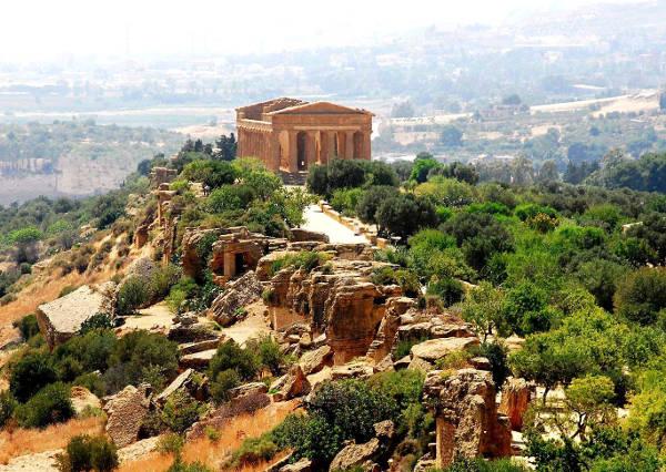 40 idee per un weekend con i bambini in italia sicilia valle dei templi Agrigento