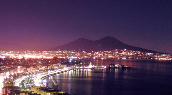 Panorama notturno golfo di Napoli