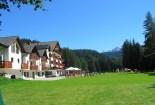 Hotel Sole Bellamonte-prato esterno