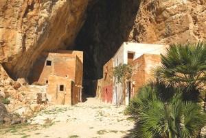 Custonaci-grotta mangiapane