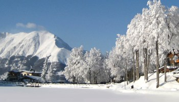 Appennino tosco emiliano con neve