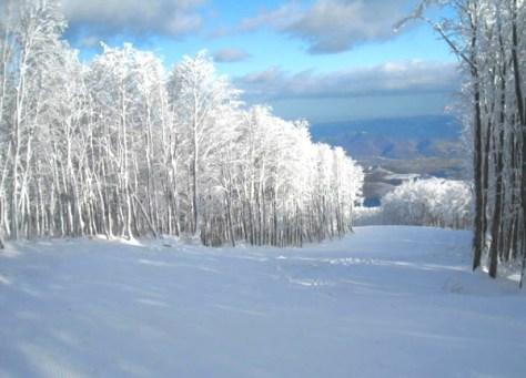 Dove sciare con i bambini in centro Italia umbria monte catria