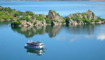 lago Flumendosa-alberghi diffusi sud-ph-laghienuraghi