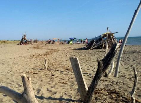 principina-spiaggia-libera-bagnanti