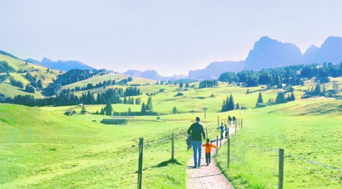 Alpe di Siusi con i bambini: un weekend con Madre Natura