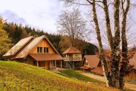 casa sull'albero-dolomiti-village-villaggio-treehouse-chalet