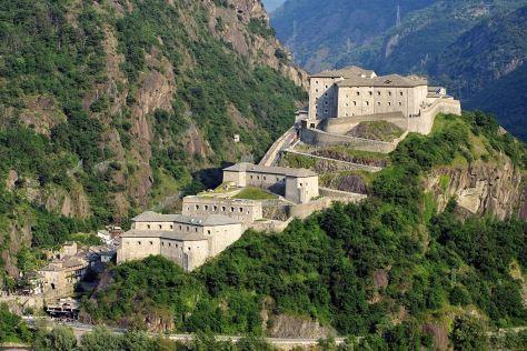 vacanza da -film il-forte-di-bard-avengers-valle-d'aosta