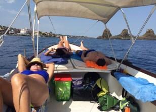Catania-gita in barca-riviera dei ciclopi-relax in barca