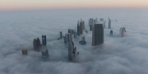 Dubai nuvole