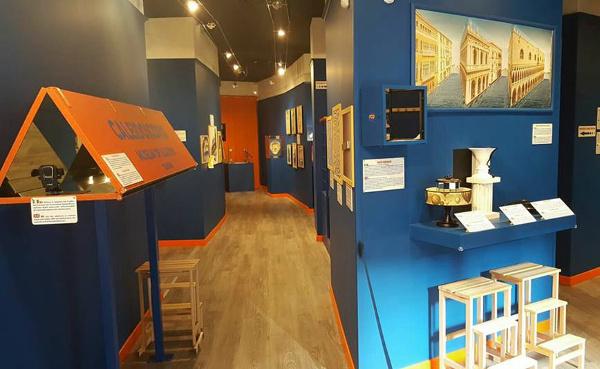 MOOI-museo dele illusioni ottiche-sale
