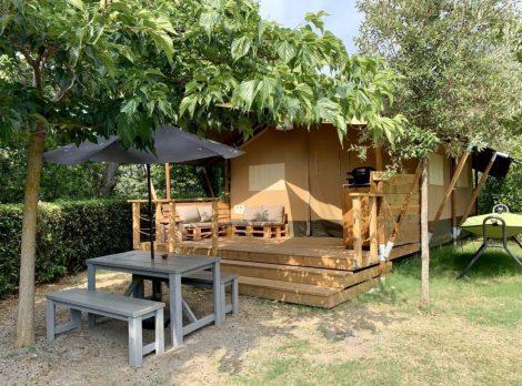 lodge-tent-esterno-1200x891