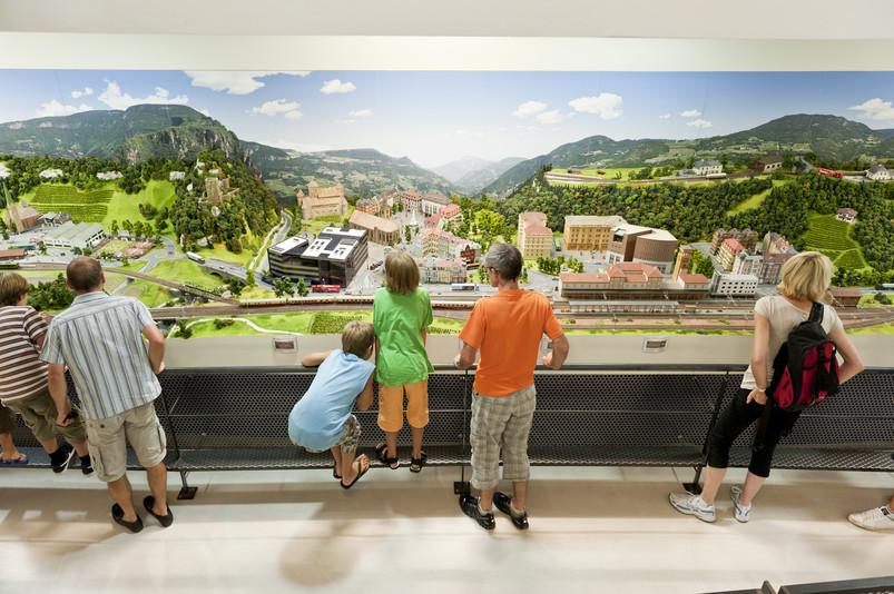 val venosta bambini rablà treno miniatura parco