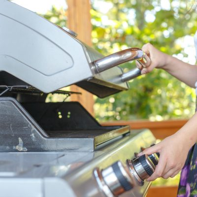 How to Grill using a Gas Grill