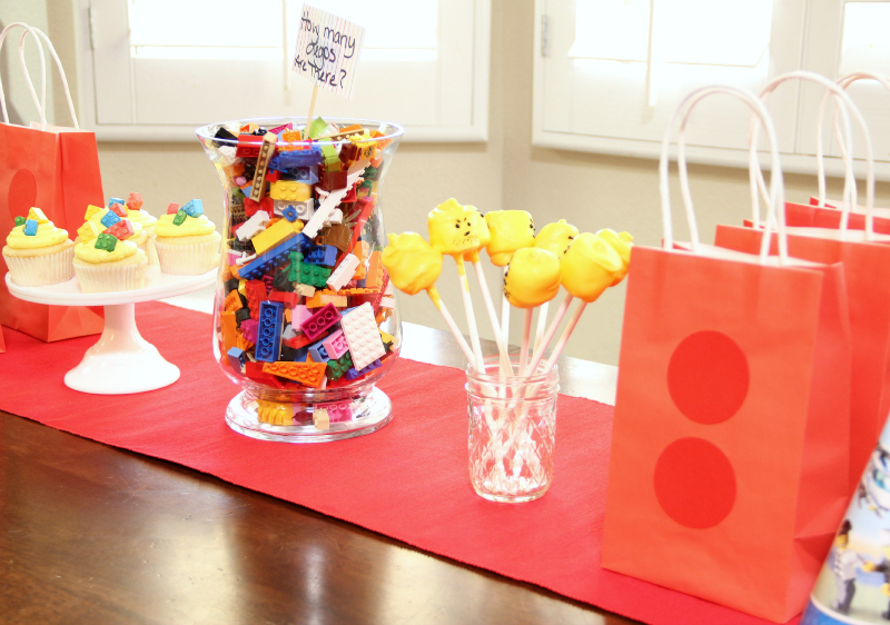 lego party table