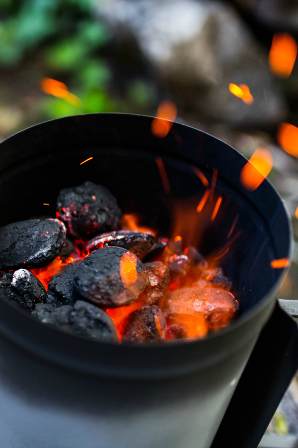 Everything you need to know about grilling with a charcoal grill. Summertime means grilling time!  If you're a little nervous, don't be, my How to Grill using a Charcoal Grill guide will get you to grill master in no time! It's part of my Grilling 101 Summer series!