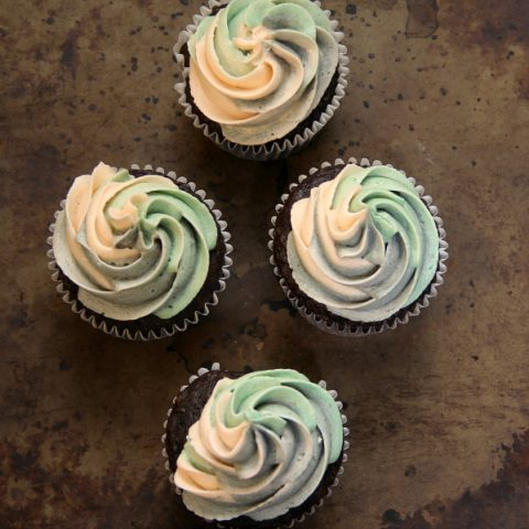 Swirled Frosted Cupcakes