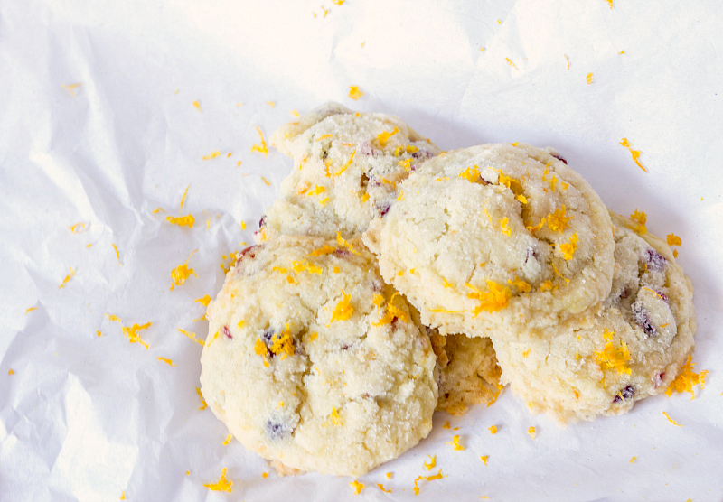 Orange Cranberry Sugar Cookies {Gluten & Dairy Free} #fbcookieswap