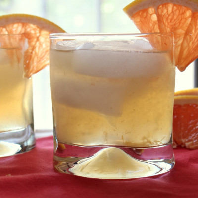 Grapefruit Ginger Sparklers