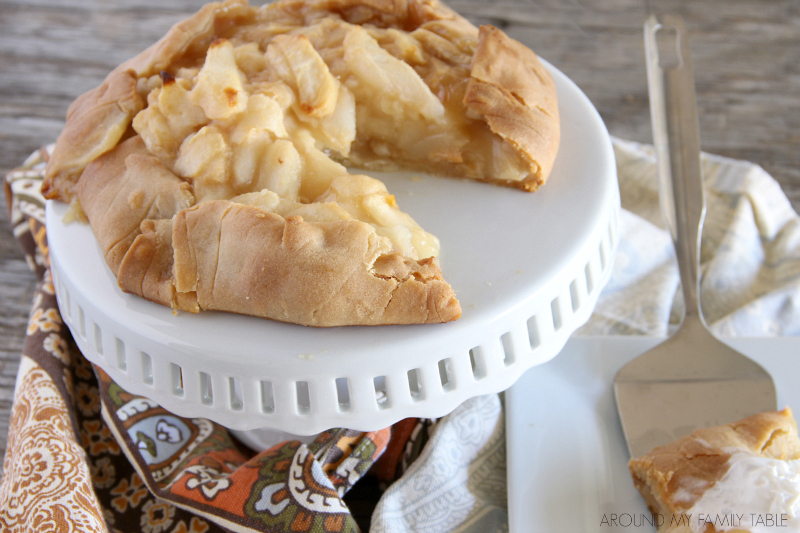 A warm Rustic Pear Tart for dessert tonight is all you need for a happy family!