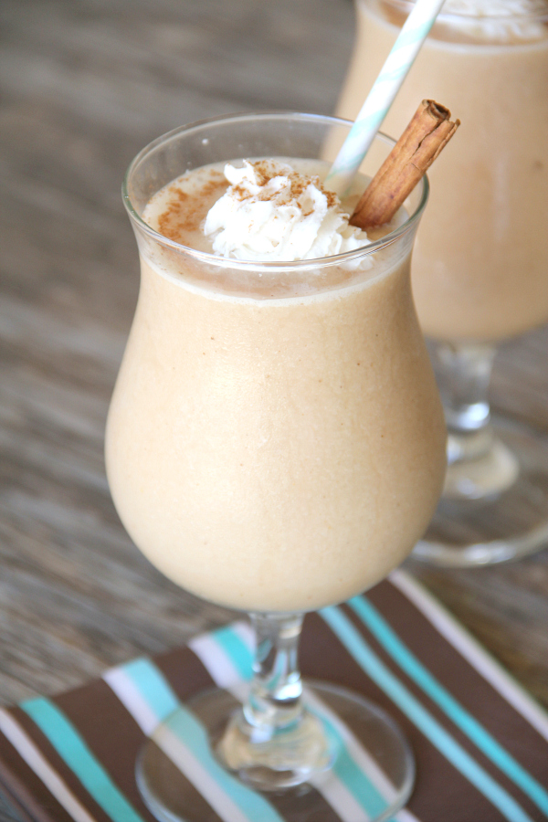 Treat yourself this afternoon with the perfect blend of tea and spices in this delicious Frozen Chai Tea Frappuccino.