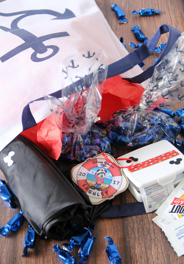 Disney Fish Extender Gift Ideas (perfect for adults or a main stateroom gift)
