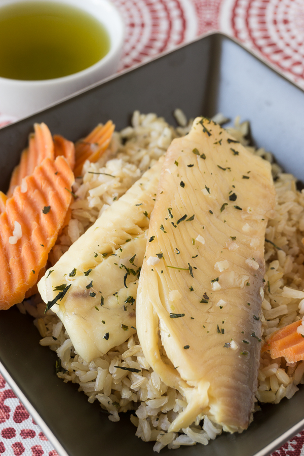 The subtle flavors of healthy green tea really give a delicious flavor to white fish. You'll love this Green Tea Poached Tilapia, it's divine and it's ready in about 15 minutes.