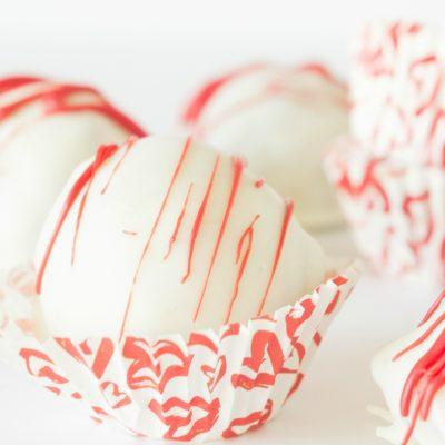 Strawberry Oreo BonBons