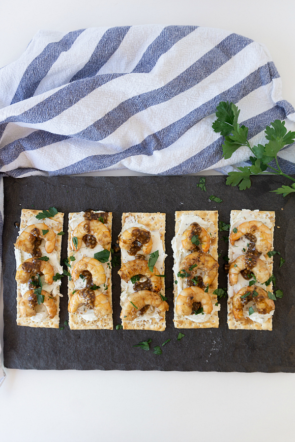 n about 30 minutes these Garlicky Balsamic Shrimp Appetizers are ready for any party or summer BBQ.