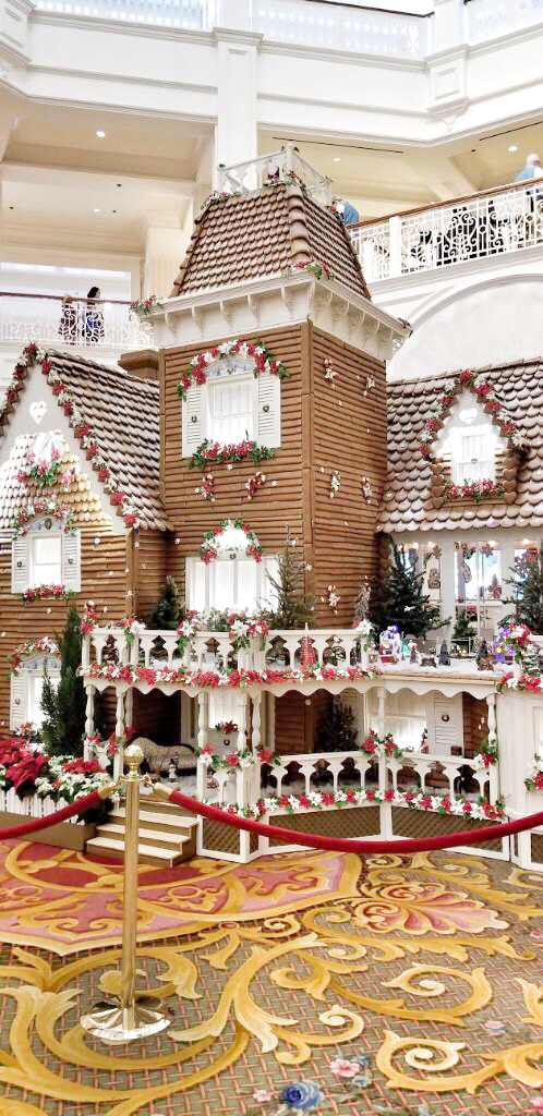 Gingerbread House at the Grand Floridian! From Christmas trees to snow on Main Street, from free hot cocoa and cookies to fireworks the holidays at Walt Disney World are full of magic, lights, and the best family memories. You won't want to miss these 15 Ways to Celebrate the Holidays at Walt Disney World.