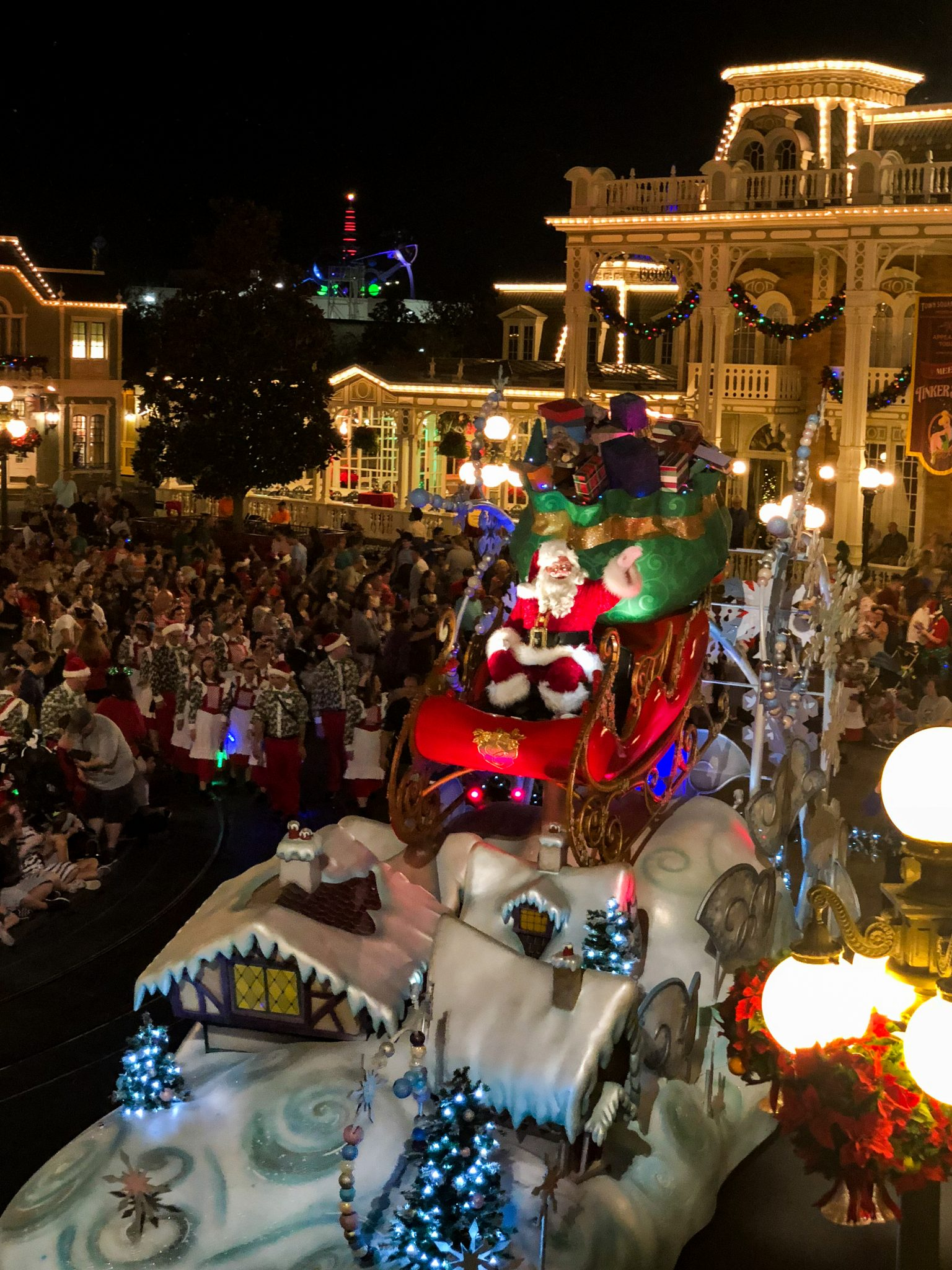 From Christmas trees to snow on Main Street, from free hot cocoa and cookies to fireworks the holidays at Walt Disney World are full of magic, lights, and the best family memories. You won't want to miss these 15 Ways to Celebrate the Holidays at Walt Disney World.