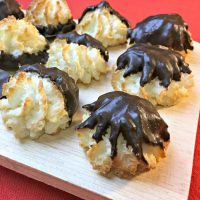 Mexican Chocolate Chili Macaroons