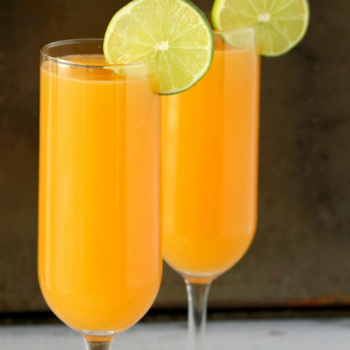 Boozy Peachtini Cocktails