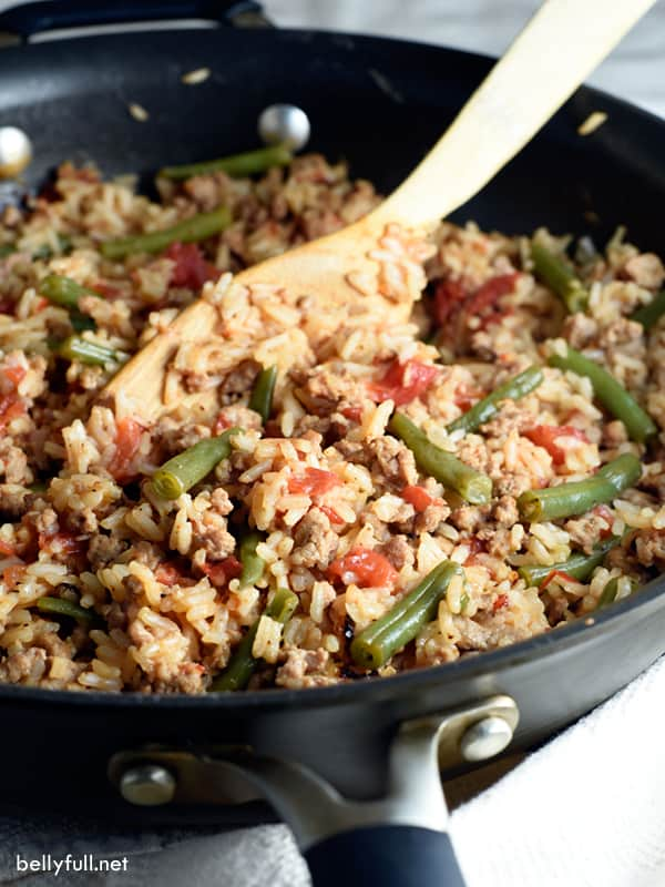 Ground Turkey Skillet with Rice and Green Beans