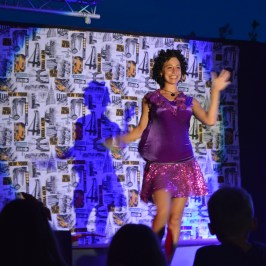 Cabaret night at Spiaggia e Mare Holiday Park, Italy