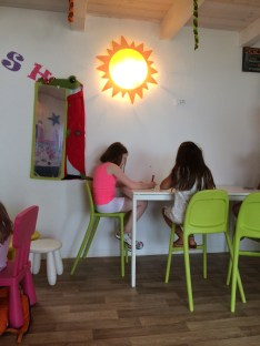 Art and Crafts with Mini Club at Spiaggia e Mare Holiday Park, Italy