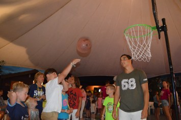 Basketball with Mini Club at Spiaggia e Mare Holiday Park, Italy