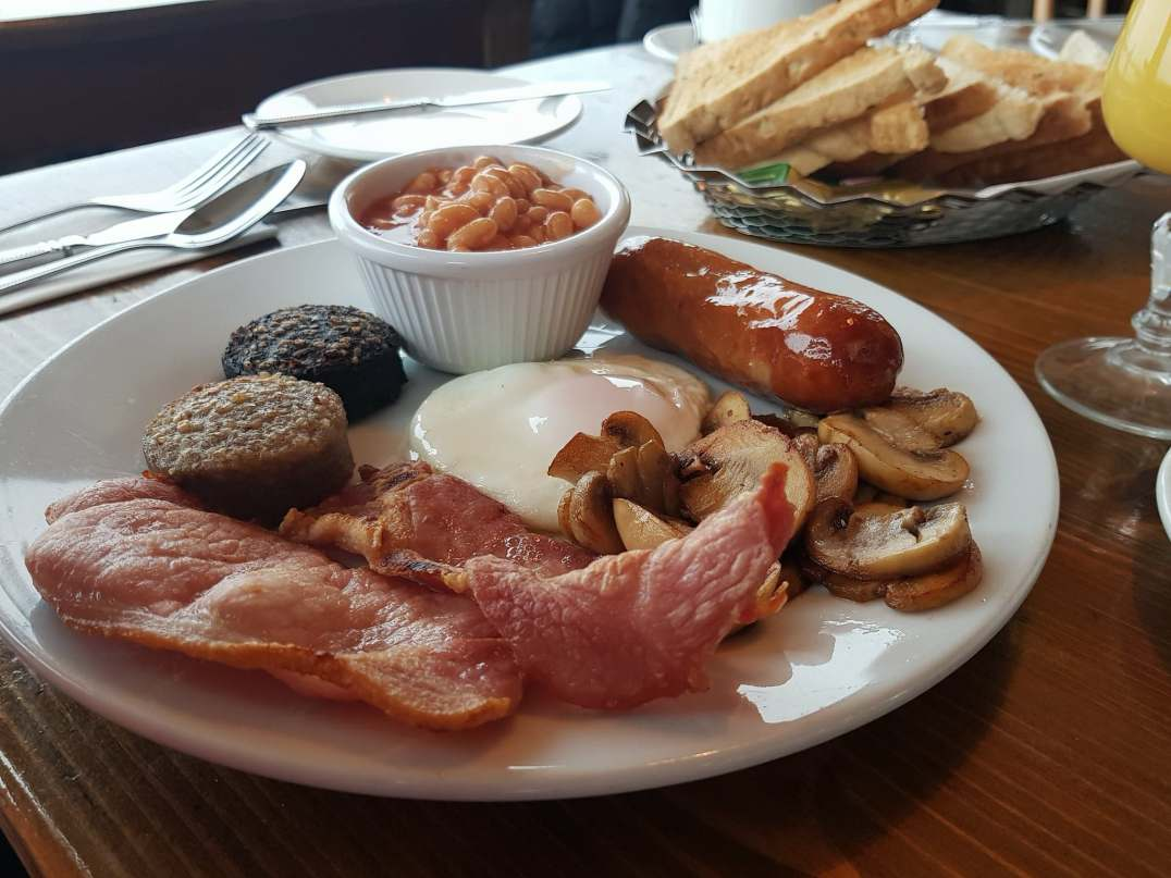 Full Irish Breakfast at Smugglers Creek Inn, Rossnowlagh
