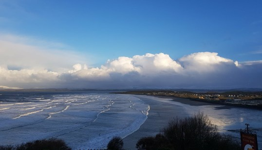 Blue skies above Donegal Bay in Rossnowlagh