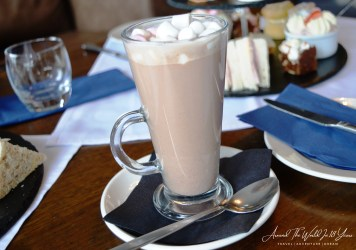 Mellon Country Inn - Hot Chocolate and Marshmallows