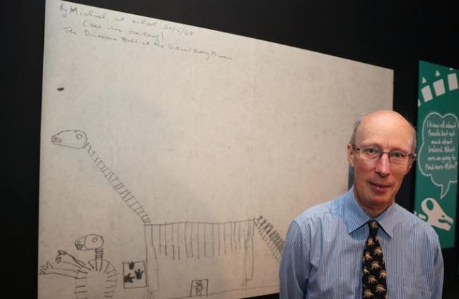 Dr Mke Simms and his sketch of Dippy the Dinosaur