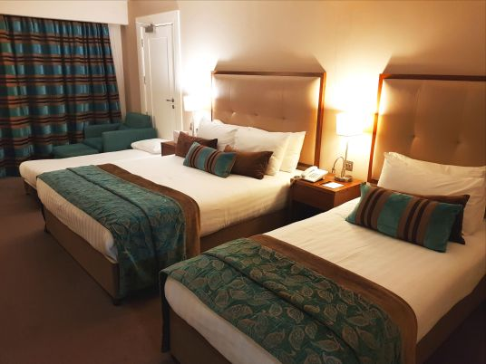 Hotel Westport - family room with double bed