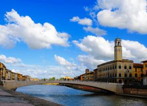 Bridge over the Arno River in Pisa, Italy