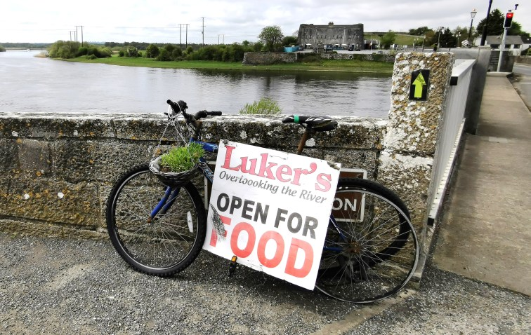 Luker's Bar in Shannonbridge overlooking the River Shannon