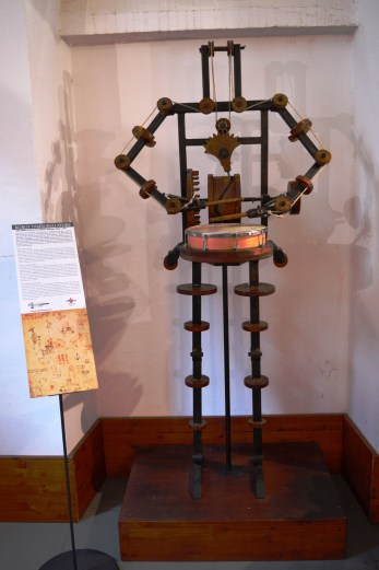 Robot invention at the Leonardo da Vinci Museum in Florence