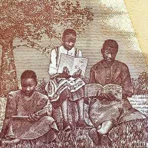 Malawi 10 Kwacha 2004 banknote back (2) featuring girls reading